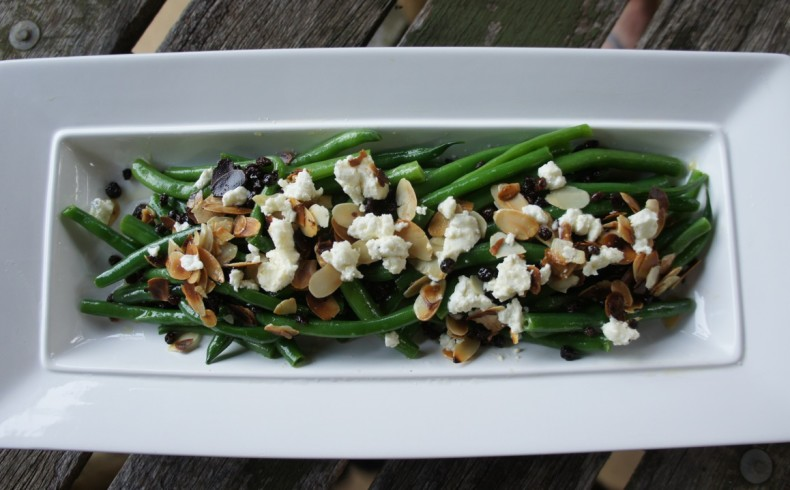 Green bean salad with goats feta, toasted almonds & currants