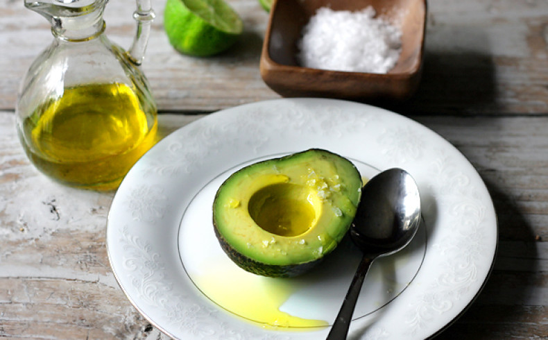 Avocado with Olive Oil Lemon and S&P